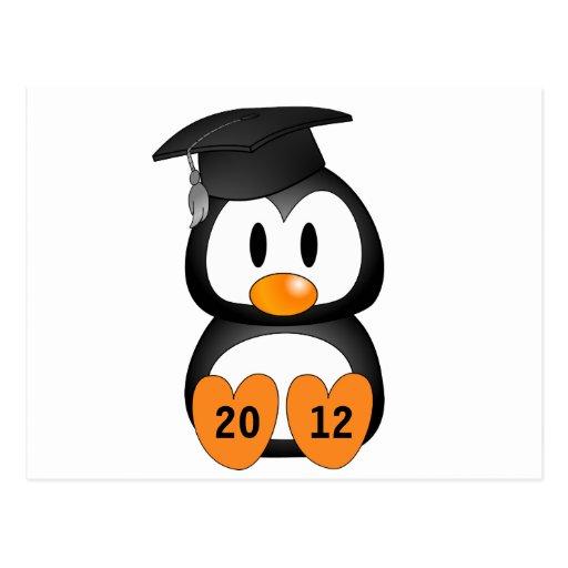 Pingüino adaptable de la graduación postales