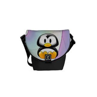 Pingüino adorable bolsas de mensajería