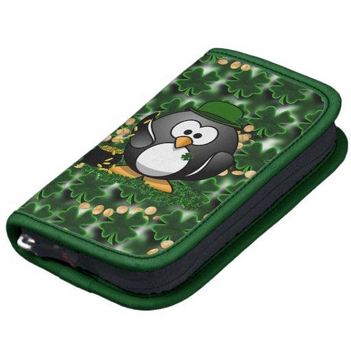 Pingüino afortunado con la mina de oro y los trébo organizador