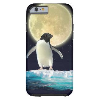 Pingüino antártico lindo en una masa de hielo funda de iPhone 6 tough