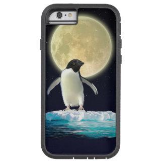 Pingüino antártico lindo y Luna Llena Funda De iPhone 6 Tough Xtreme