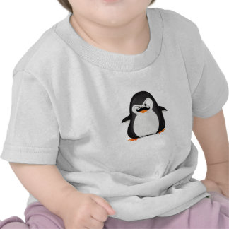 Pingüino blanco negro lindo y bigote divertido camisetas