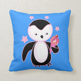 Pingüino bonito con el cono de helado BG azul Cojines
