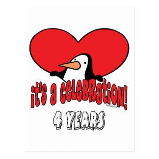 Pingüino celebración de 4 años postal