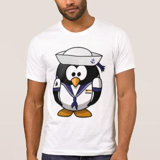 Pingüino con adornos gay del orgullo del oso - camiseta