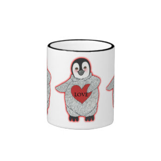 Pingüino con la taza del corazón te amo