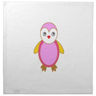 Pingüino con rosa del color servilleta de papel