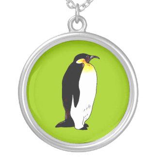 Pingüino de emperador collar plateado