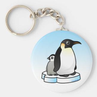 Pingüino de emperador con el polluelo llavero redondo tipo pin