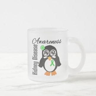 Pingüino de la conciencia de la enfermedad de riñó taza