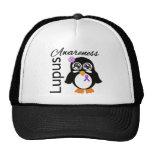 Pingüino de la conciencia del lupus gorras de camionero