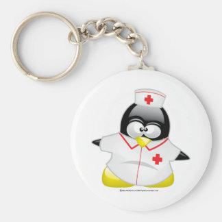 Pingüino de la enfermera llavero redondo tipo pin
