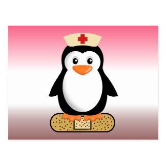 Pingüino de la enfermera (w/bandaid) tarjetas postales