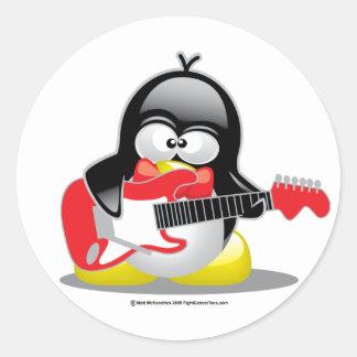 Pingüino de la guitarra eléctrica pegatina redonda
