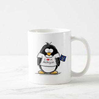 Pingüino de Michigan Taza Básica Blanca