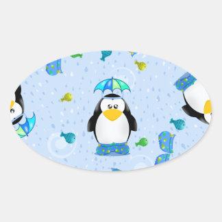 Pingüino de Wellies de la lluvia Pegatina Ovalada