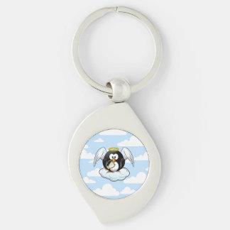 Pingüino del ángel en una nube con el fondo del llavero plateado en forma de espiral