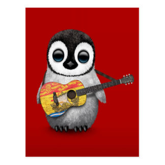 Pingüino del bebé que juega rojo de la guitarra de postales