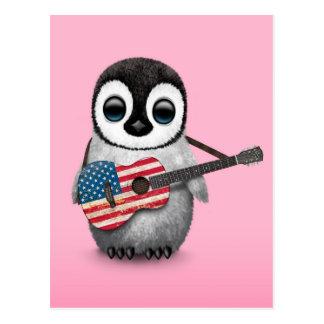 Pingüino del bebé que juega rosa de la guitarra de tarjeta postal