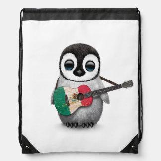 Pingüino del bebé que toca la guitarra de la mochilas