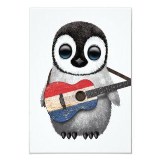 """Pingüino del bebé que toca la guitarra holandesa invitación 3.5"""" x 5"""""""