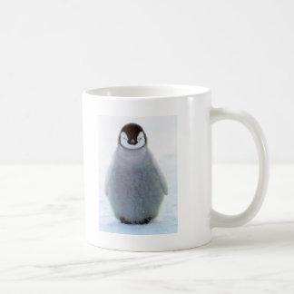 Pingüino del bebé taza