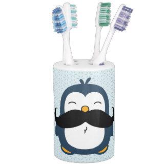 Pingüino del bigote conjunto de baño