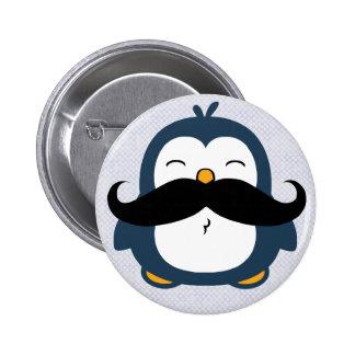 Pingüino del bigote pin redondo de 2 pulgadas