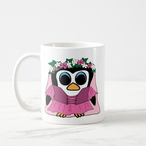 Pingüino del chica en vestido del renacimiento taza de café