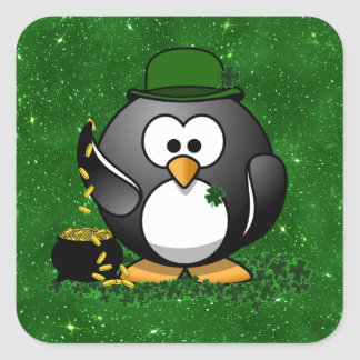 Pingüino del día de St Patrick afortunado Calcomanía Cuadrada Personalizada
