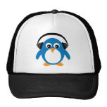 Pingüino del dibujo animado con el gorra de los au