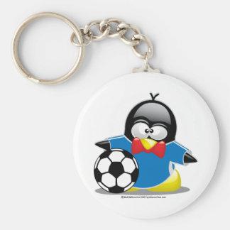 Pingüino del fútbol llavero redondo tipo pin
