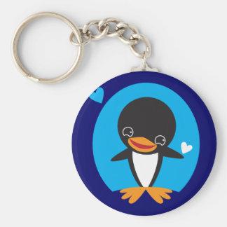 Pingüino del invierno llavero redondo tipo pin