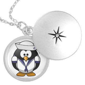 Pingüino del marinero collar con colgante