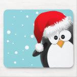 Pingüino del navidad alfombrillas de raton