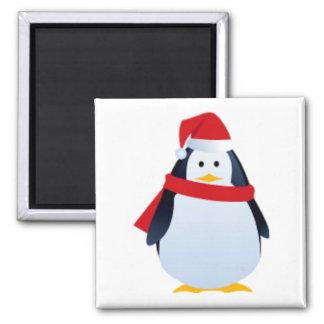Pingüino del navidad en un gorra de Santa Imán Cuadrado