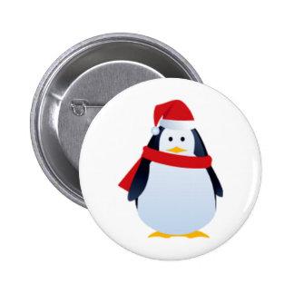 Pingüino del navidad en un gorra de Santa Pin Redondo De 2 Pulgadas