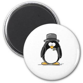 Pingüino del novio imán redondo 5 cm