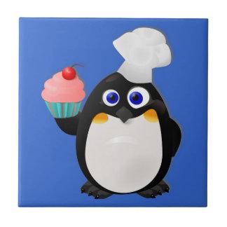 Pingüino del panadero con la magdalena azulejo cerámica