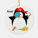 Pingüino del pirata ornamento para arbol de navidad