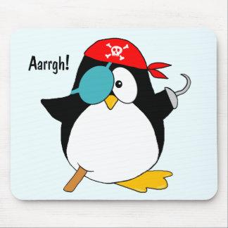 Pingüino del pirata tapete de ratones