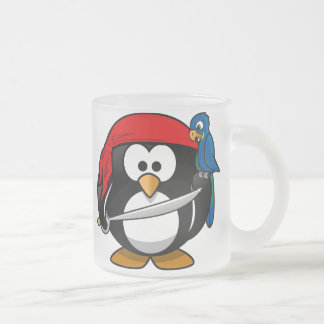 Pingüino del pirata taza