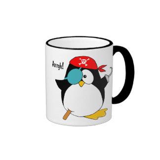 Pingüino del pirata taza de dos colores