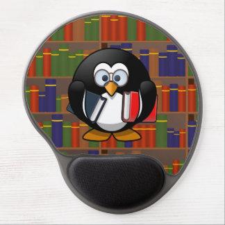 Pingüino del ratón de biblioteca en una biblioteca alfombrilla de ratón con gel