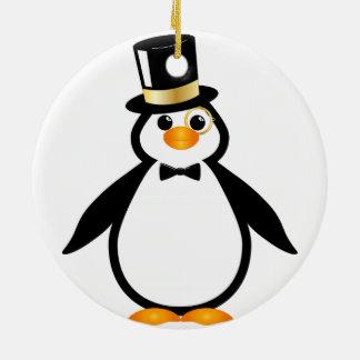 Pingüino del sombrero de copa adorno navideño redondo de cerámica