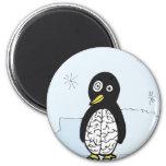 Pingüino desigual de los cerebros iman de frigorífico