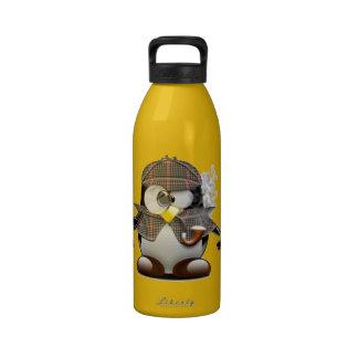 Pingüino detective botallas de agua