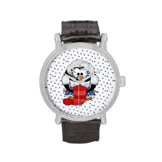 Pingüino dulce de la abuela del dibujo animado con relojes