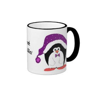 Pingüino en un gorra púrpura tazas