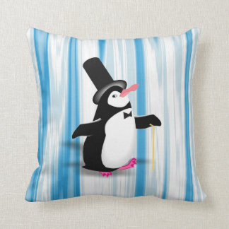 Pingüino encantador en la cortina azul almohadas